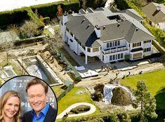 crazy_luxurious_celebrity_villas_05 Celebrity Mansions, Celebrity Houses, Luxury Life, Luxury Homes, Villas, Mansion Plans, Billionaire Homes, American Mansions, Mega Mansions