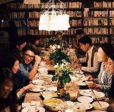 Photo by Kazuho Maruo. Gathering in Tokyo at Snow Shoveling Books.