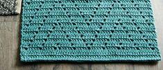 Virkkaa kauniin sinivihreä matto parvekkeelle ontelokuteesta Crochet World, Rugs, Lima, Home Decor, Filet Crochet, Cloths, Patterns, Crochet Carpet, Farmhouse Rugs