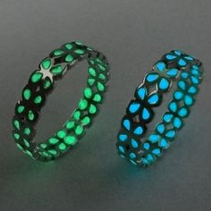 http://gemdivine.com/charming-clover-luminous-ring-glowing-in-dark-silver-color-rings-for-women-friends-vintage-jewelry-christmas-gifts-18mm/