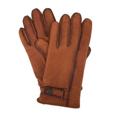 Brown leather gloves from #Roeckl will keep you warm and is an essential for elegant men #ParndorfMustHave