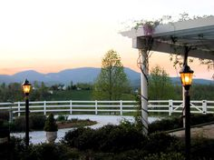Red Horse Inn: this romantic getaway in northern Greenville County has six Victorian cottages with sweeping mountain views, plus six lovely inn suites. Conference facilities also onsite. 45 Winstons Chase Ct., Landrum. 864-895-4968 www.theredhorseinn.com