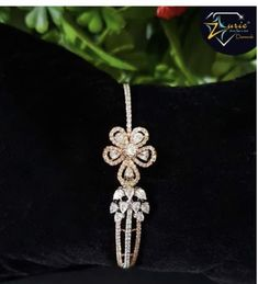 Mens Diamond Bracelet, Diamond Necklace Set, Diamond Bracelets, Bangle Bracelets, Bangles, Jewelry Design Earrings, Jewellery, Bridal Necklace Set, Ears