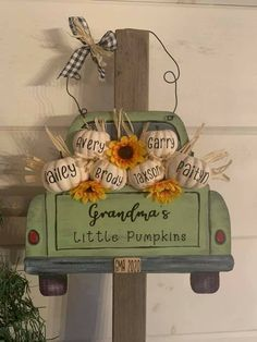 Fall Wood Crafts, Pumpkin Crafts, Decor Crafts, Diy Crafts, Dollar Tree Decor, Dollar Tree Crafts, Halloween Crafts, Holiday Crafts, Fall Projects