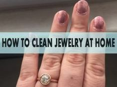 Cleaning Jewelry 8 Best Ideas On How to Clean Jewelry With Household Products - Check out these simple home remedies for getting rid of rust stains, and though it requires some time and effort, these household tricks are pretty effective. Clean Gold Jewelry, Keep Jewelry, Unique Jewelry, Silver Jewelry, Silver Ring, Silver Earrings, Wing Earrings, Unique Rings, Silver Bracelets