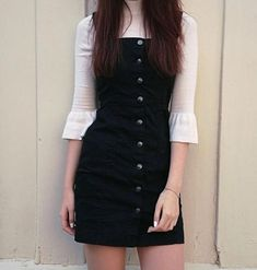 Bib Overall Dress, Winter Outfits, Black overalls button down dress pinafore. Mode Outfits, Outfits For Teens, Dress Outfits, Fall Outfits, Casual Outfits, Fashion Dresses, Outfits 2016, Grunge Outfits, Black Outfits
