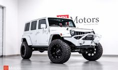 2015 Jeep Wrangler Unlimited Rubicon w/Hardtop Jeep Wrangler Sahara, Jeep Wrangler Unlimited, Jeep Sahara, 2014 Jeep Wrangler, Jeep Jk, White Jeep, Jeep Wrangler Accessories, Cool Jeeps, Jeep Life