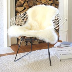 Sheepskin rug on a Harry Bertoia wire chair. Decoration Inspiration, Interior Inspiration, Sheepskin Rug, Deco Design, Take A Seat, Living Room Inspiration, Interior Decorating, House Design, Sweet Home