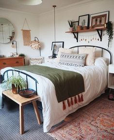 Cozy Master Bedroom Decor Ideas Boho Farmhoise - Home decor cozy Dream Bedroom, Home Bedroom, Modern Bedroom, Contemporary Bedroom, Bedroom Furniture, Eclectic Bedrooms, Bedroom Simple, Kids Bedroom, Trendy Bedroom