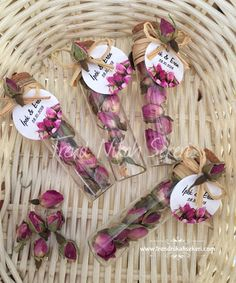 Bud Rose tea wedding gift – My Wedding Dream Wedding Hall Decorations, Birthday Party Decorations, Wedding Candy, Wedding Favours, Gift Wedding, Wedding Doors, Marriage Gifts, Wedding Gifts For Guests, Rose Tea