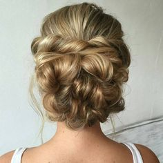 """Bridal Hair via @heatherchapmanhair """