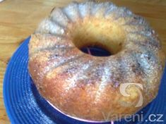 Jednoduchá hrnková kokosová bábovka recept - Vareni.cz Bagel, Doughnut, Food And Drink, Bread, Recipes, Bundt Cakes, Decor, Decoration, Brot