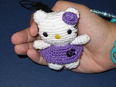 Ravelry: Llavero Mini Hello Kitty Amigurumi pattern by Ana Artedetei