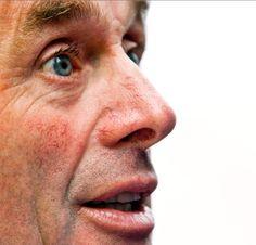 Hennie Kuiper 03-02-1949  Hij is een voormalig Nederlands wielrenner, die als professional actief was van 1973-1988. Daarna is hij tot en met 1996 ploegleider geweest. Zijn erelijst is imposant: in 1972 werd hij Olympisch Kampioen op de weg en in 1975 wereldkampioen. Hij won onder meer twee keer (1977 en 1978) de Tour etappe naar Alpe d'Huez en werd twee keer tweede in het eindklassement van de Tour.   https://youtu.be/XVKIE34seGM