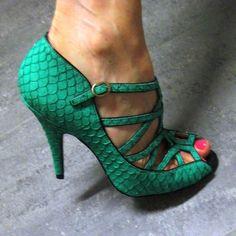 Emerald Green, Wedding Shoes, Shoe Tuesday, Snakeskin, Pinterest, A Chair Affair blog