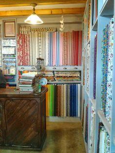 Actualpatch - Patchwork fabrics - Castillejos, 158, 08013 Barcelona. Encants Vells local 566-567