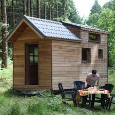 Tiny House Talk – Small Space Freedom