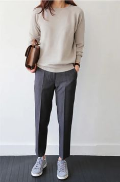 30 Comfy Office Outfits To Wear All Day Long casual office outfit / nude top + bag + sneakers + grey pants Fashion Mode, Work Fashion, Trendy Fashion, Fashion Outfits, Sneakers Fashion, Womens Fashion, Fashion Clothes, Trendy Style, Dress Fashion