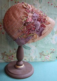 Antique Flapper Cloche Hat Silk Velvet Ribbon Trim Stamen Lilac Pink Millinery…