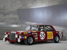AMG Mercedes S-Klasse 300SEL 6.3 Race Car W109 Photo 02