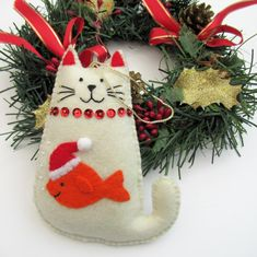 Etsy :: Your place to buy and sell all things handmade Cat Christmas Tree, Pink Christmas Ornaments, Felt Christmas Decorations, Christmas Sewing, Felt Ornaments, Handmade Christmas, Easy Felt Crafts, Cat Crafts, Felt Cat