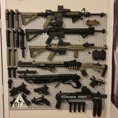 Now this is nice Ammo Storage, Weapon Storage, Weapons Guns, Guns And Ammo, Tactical Survival, Tactical Gear, Rifles, Airsoft, Winchester