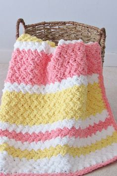 Try this easy and quick striped afghan free crochet pattern. This fast baby blan. Try this easy and quick striped afghan free crochet pattern. This fast baby blanket will only take few hours and is grea. Crochet Afghans, Afghan Crochet Patterns, Baby Afghans, Crochet Rugs, Crochet Blankets, Baby Blankets, Crochet Bebe, Easy Crochet, Free Crochet