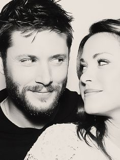 Jensen and Daneel.. They look so much in love..!!!