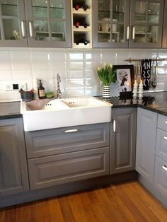 Love this! Drop in apron front sink and butcher block counter tops ... | {Echtholzküchen hersteller 31}