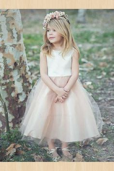 Sleeveless satin and tulle flower girl dress. White and champagne two-tone flower girl dress with a satin sash. Blush Flower Girl Dresses, Tulle Flower Girl, Tulle Flowers, Blush Flowers, Princess Flower, Princess Tutu, Wedding Flower Girls, Flower Girl Dresses Country, Wedding Flowers