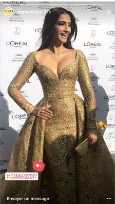 Sonam Kapoor dress net with gota patti ,fabric net, prices Indian Celebrities, Bollywood Celebrities, Bollywood Actress, Elegant Dresses, Nice Dresses, Prom Dresses, Wedding Dresses, Indian Bollywood, Bollywood Fashion