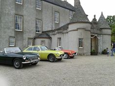 @N_T_S  classic cars adding a touch of colour to Leith Hall today! pic.twitter.com/GHOwbqAa8U