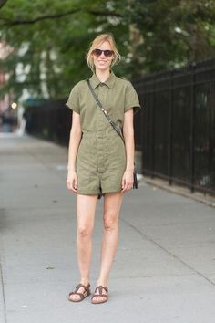 Jumpsuit outfit ideas make for stylish fall fashion