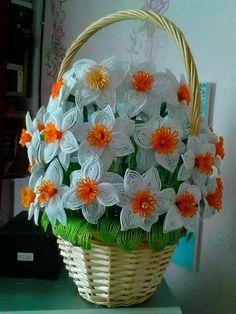 Одноклассники Beaded Flowers Patterns, Crochet Edging Patterns, French Beaded Flowers, Wire Flowers, Knitted Flowers, Crochet Bouquet, Crochet Brooch, Crochet Crafts, Bead Crafts