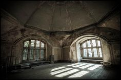 Report - Great Tew Manor - April 2013