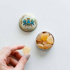 Cafe Branding, Japanese Design, Aesthetic Food, Food Design, Packaging Design, Good Food, Presents, Sweets, Fancy