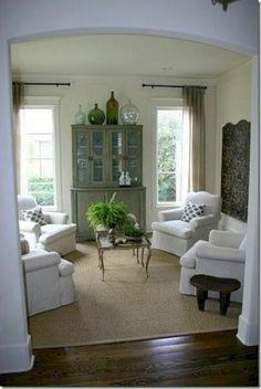 Cool 46 Fabulous Comfortable Living Room Decorating Ideas https://toparchitecture.net/2017/12/14/46-fabulous-comfortable-living-room-decorating-ideas/