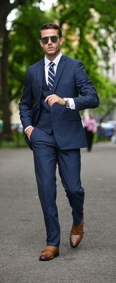 Blue Suit Outfit Pictures smart and simple navy blue suit with brown dress shoes Blue Suit Outfit. Here is Blue Suit Outfit Pictures for you. Blue Suit Brown Shoes, Brown Dress Shoes, Men's Blue Suits, Navy Blue Suit Outfit, Navy Blue Suit Mens, Blue Brown, Mens Dress Outfits, Men Dress, Mens Fashion Suits