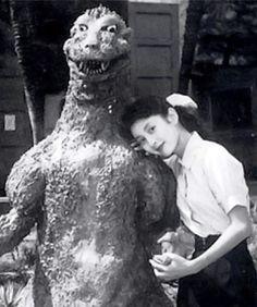Backstage romances like this are inevitable really. GODZILLA (1954)