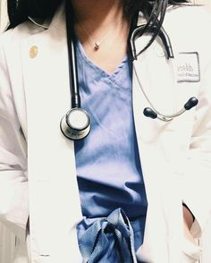 New Medical Doctor Uniform Hospitals Ideas Medical Quotes, Medical Careers, Medical Students, Medical School, Medical Wallpaper, Nursing Wallpaper, Medicine Student, Becoming A Doctor, Lab Tech