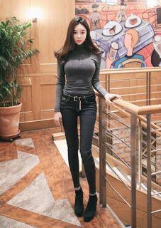 더킹카지노 - DANCESWEB.COM: 아니면 오늘이 이 나라의 기념일이라도 Love Jeans, Sexy Jeans, Fashion Poses, Girl Fashion, Cute Asian Fashion, Beautiful Asian Women, Sexy Asian Girls, Asian Woman, Beautiful Outfits