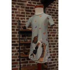 Border Dogs, tricot randpatroon van Stenzo, jurk Noelle maat 104.