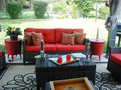 Set apart indoor-outdoor spaces with bold colors that contrast with the exterior. RMS user Val Moore opted for red and black and gave this space an inviting, Asian feel. Source by ellenmarshall Outdoor Rooms, Outdoor Furniture Sets, Indoor Outdoor, Outdoor Living, Garden Furniture, Red Cushions, Asian Home Decor, Room Pictures, Furniture Layout