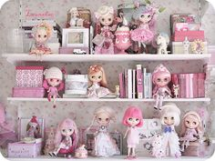 blythe is family, pink is friendly   Flickr - Photo Sharing!