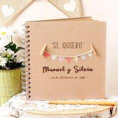 Sí, quiero! Nos encanta este libro de firmas / album de fotos para la boda!! #siquiero #librofirmas #almumboda #fotosboda #banderines #love #amor #bodas #bodas2018 #decoracionbodas #decoracion #decoraciondebodas #detallesboda #decoracioneventos #wedding #blogdebodas #bodasoriginales #bodasbonitas #bodasunicas #boda #ideasbodas