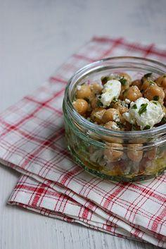 Salade-de-pois-chiches-au-persil-et-a-la-feta-