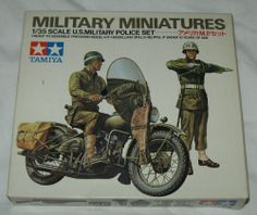 7 DAY AUCTION - TAMIYA 1:35 Scale Model Kit WWII US MILITARY POLICE Motorcycle & Figures SET