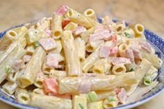 Salad with pasta and mayonnaise recipe - Heavenly Recipes Ham And Cheese Pasta, Pasta Recipes, Salad Recipes, Easy Cooking, Cooking Recipes, Cooking Food, Mayonnaise Recipe, Greek Recipes, No Cook Meals