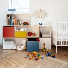 Kinderregale – Jetzt modulares Regal kaufen | stocubo Cute Babies, Baby Kids, Kids And Parenting, Playroom, Toddler Bed, New Homes, Kids Rugs, Interior, Sprouts