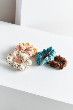 Slide View: 3: Mini Scrunchie Set